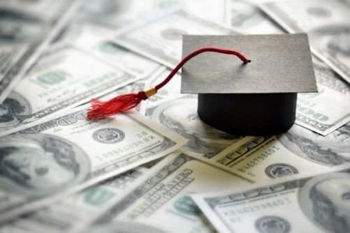 How To Plan Your Finances Studying Abroad?